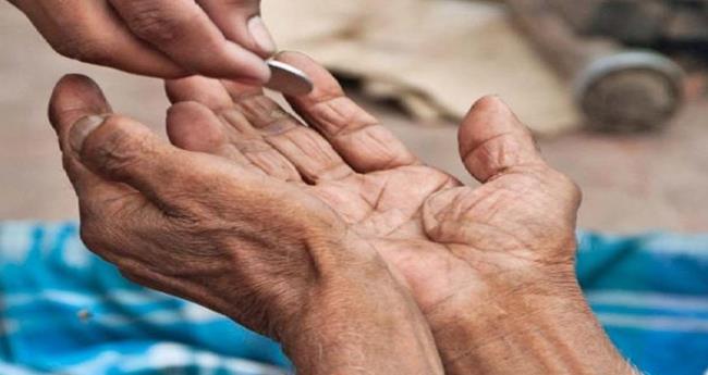 ഭിക്ഷാടനത്തിന് കാരണം പട്ടിണി; നിരോധിക്കില്ലെന്ന് സുപ്രീംകോടതി