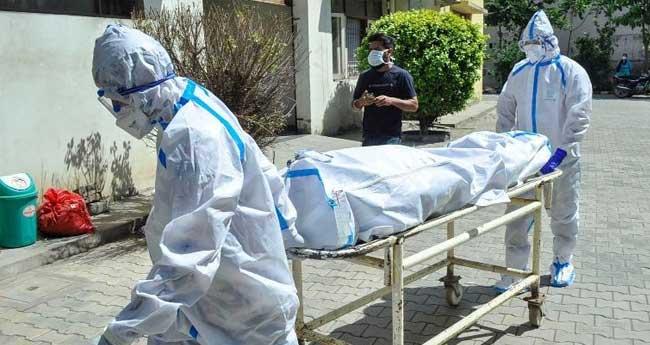 കോവിഡ്: 414 വൈദികരും കന്യാസ്ത്രീകളും മരിച്ചു