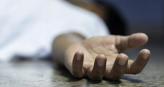 ചികിത്സ കിട്ടിയില്ല; കോവിഡ് രോഗി ആംബുലന്സില് കിടന്ന് മരിച്ചു