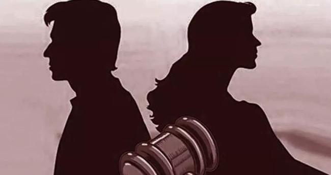 പ്രായപൂർത്തിയാകാത്ത മക്കളെ ഉപേക്ഷിച്ച് ഒളിച്ചോട്ടം; കമിതാക്കൾ അറസ്റ്റിൽ