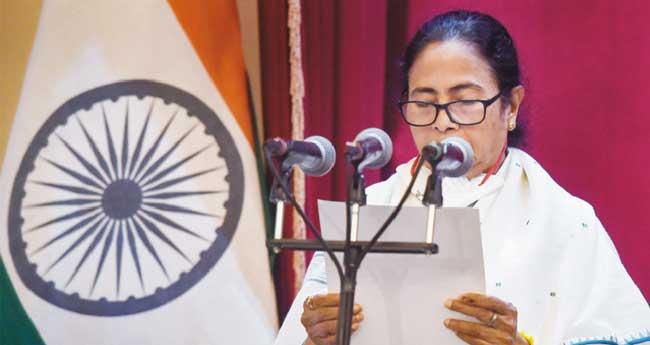 ബംഗാൾ മുഖ്യമന്ത്രിയായി മമത ബാനർജി അധികാരമേറ്റു